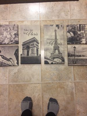 6 pic black n white paris set for Sale in Marengo, OH
