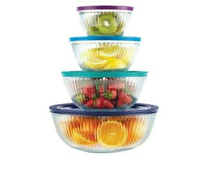Pyrex 8 PC. 4 glass bowls with lids for Sale in Miami, FL
