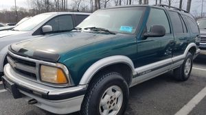 1997 Chevy Blazer LS 4WD for Sale in Fort Washington, MD