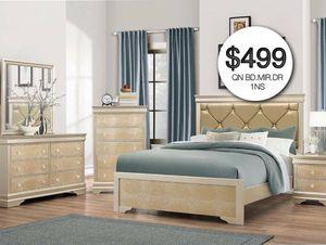 Queen bed dresser mirror one night for Sale in Hialeah, FL
