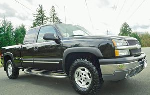 brakes good 2003 silverado chevy lt 1500 for Sale in Fayetteville, NC
