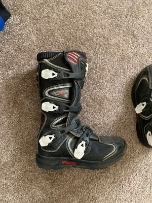 Fox comp 5 dirt biking boots for Sale in Kennewick, WA