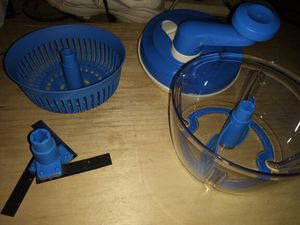 Tupperware chopper dicer mixer blender for Sale in Portland, OR