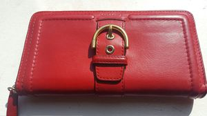 Coach continental zip around wallet for Sale in Baltimore, MD