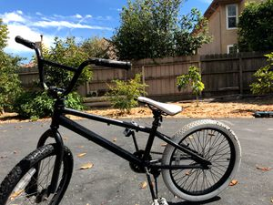 Bmx bike for good wheelies for Sale in Palo Alto, CA