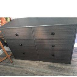 grey 6 drawer dresser $160 for Sale in Fullerton,  CA