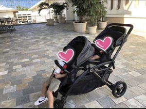 CONTOURS OPTIONS DOUBLE STROLLER for Sale in Waimanalo, HI