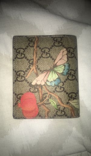 Gucci GG Tain painted canvas wallet for Sale in Los Angeles, CA