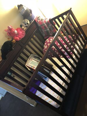 Baby crib for Sale in Compton, CA