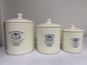 Heavy ceramic kitchen canisters with lids - brand is Williams Sonoma for Sale in Arlington, VA