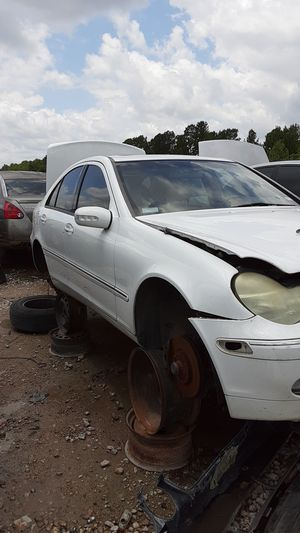 2001 Mercedes Benz C320 for parts for Sale in Houston, TX