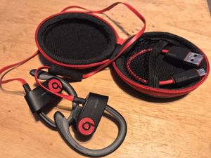 Beats by Dr. Dre Bluetooth Headphones with microphone for Sale in Los Angeles, CA