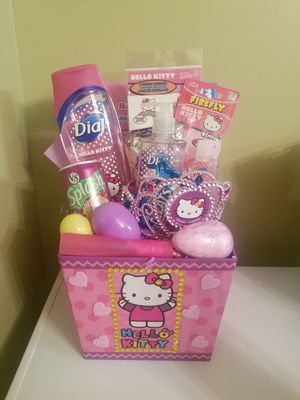 hello kitty basket $25 for Sale in Bellville, OH