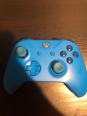 XBOX ONE CONTROLLER for Sale in Emmitsburg, MD