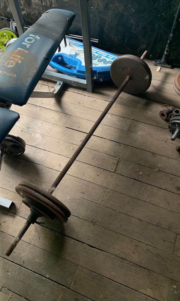 Bench Press bars weight plates