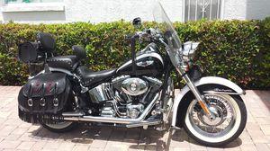 Softail Deluxe bike for Sale in Tarpon Springs, FL