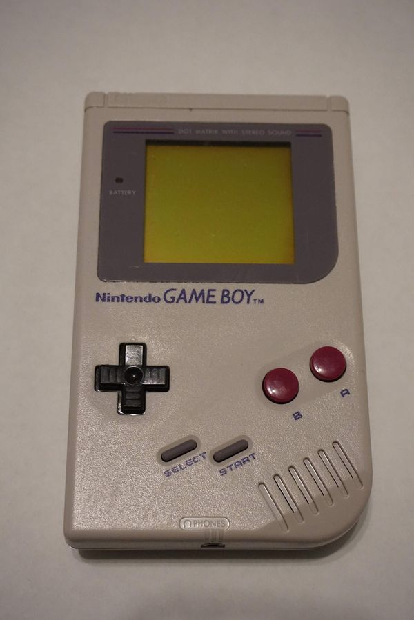"""Gameboy Classic w/ Classic """"Gameboy"""" hard carrying case"""