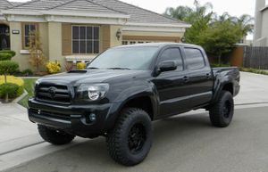Toyota Tacoma Awesome for Sale in Columbus, OH