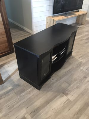 Tv stand - FREE FREE for Sale in Chula Vista, CA