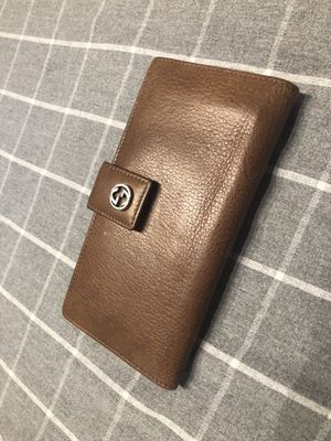 Gucci brown leather wallet for Sale in Centreville, VA