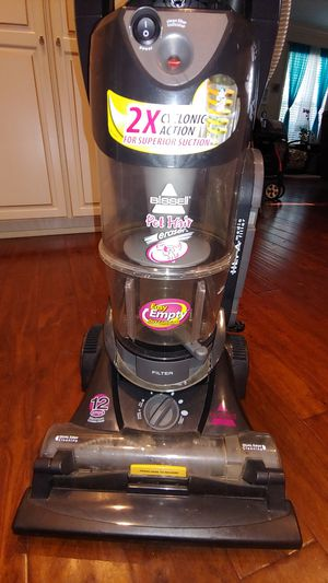 Excellent working Bissell Pet Hair vacuum cleaner for Sale in Bartow, FL