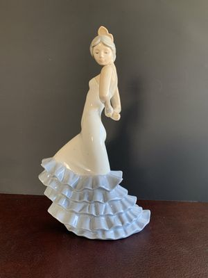"""Nao by Lladro - Flamingo Figurine Issue year 1992 - Sculptured by Francisco Catala 9.5""""H x5.5"""" W for Sale in Fontana, CA"""