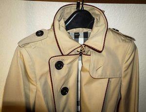 Burberry Gabardine Trench Coat for Sale in Weston, FL