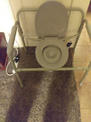 My Bariatric portable porta potty for Sale in Columbus, OH