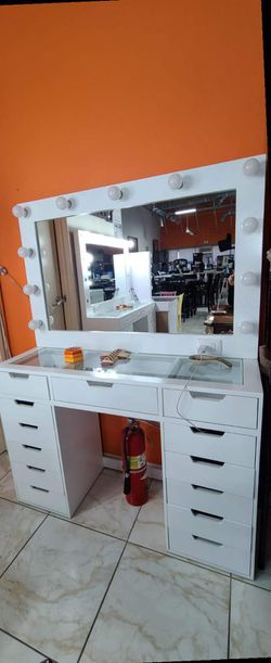 vanity set for Sale in Ontario,  CA