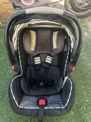 Graco Car seat and base for Sale in Las Vegas, NV