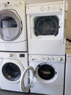 Frigidaire stacked washer and dryer for Sale in Los Angeles, CA