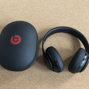 Beats By Dre Studio Wireless Headphones for Sale in New York, NY