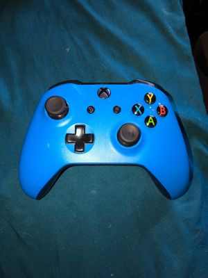 Xbox one controller for Sale in Arnold, MO