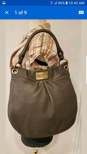 MARC JACOBS PURSE HOBO GRAY PEBBLED LEATHER HAND SHOULDER BAG for Sale in Las Vegas, NV