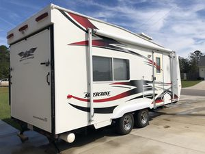 Toy Hauler SXFB 1800 for Sale in Jacksonville, NC