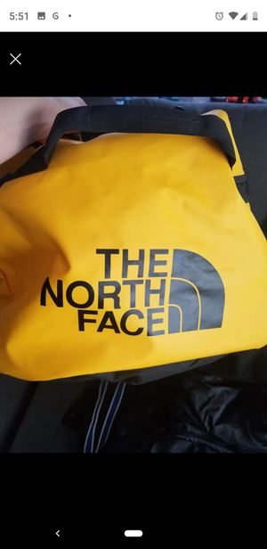 North face duffle bag for Sale in Vancouver, WA