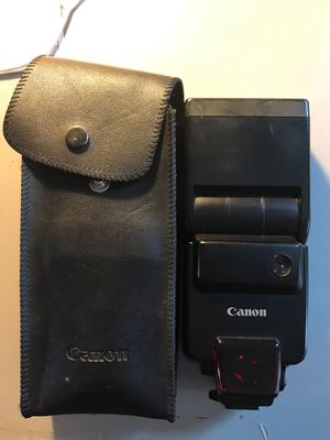 Canon speedlite 430EZ flash for Canon film camera for Sale in West Collingswood Heights, NJ