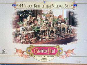 Grandeur Noel 44-Pc. Bethlehem Village Set, 2002 Collector Edition Nativity for Sale in Federal Way, WA