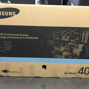 SAMSUNG 400FP-2 LH40MGQLBF/ZA Professional Display Monitor 40' for Sale in Hollywood, FL