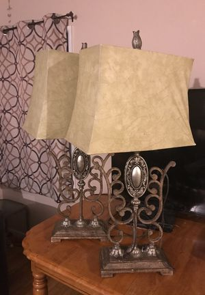 2 lamps for Sale in Beverly Hills, CA