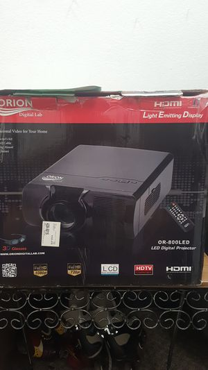 Orion OR-800 LED Digital Projector with Screen for Sale in El Cajon, CA