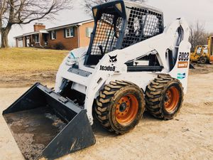 $3OOO Price URGENT For sale BOBCAT SKID STEER for Sale in Toledo, OH