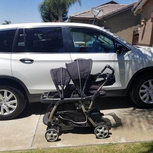 Graco double stroller for Sale in Pumpkin Center, CA
