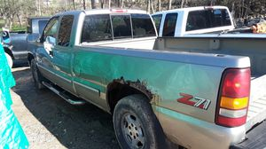 1500 chevy Silverado 4x4 for Sale in Mansfield, OH