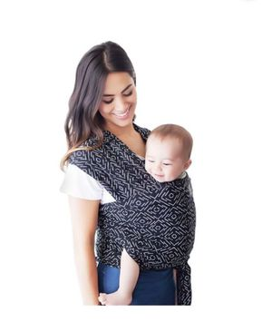 Petunia baby Carrier for Sale in Laveen Village, AZ