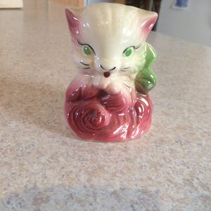 Antique kitty planter for Sale in Tacoma, WA