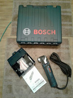 Bosch 4 Amp StarlockPlus Oscillating Multi-Tool Kit with Case (Home Depot $220) Asking $150 for Sale in Everett, WA