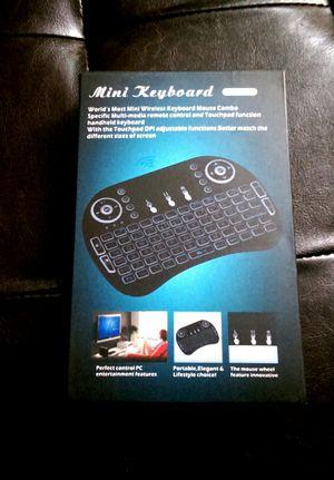 Mini keyboard/mouse backlit for Sale in Oak Lawn, IL