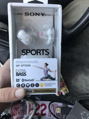 Sony Bluetooth headphones for Sale in Denver, CO
