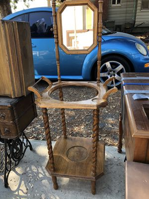 Antique beautiful small wash stand for Sale in Montclair, CA